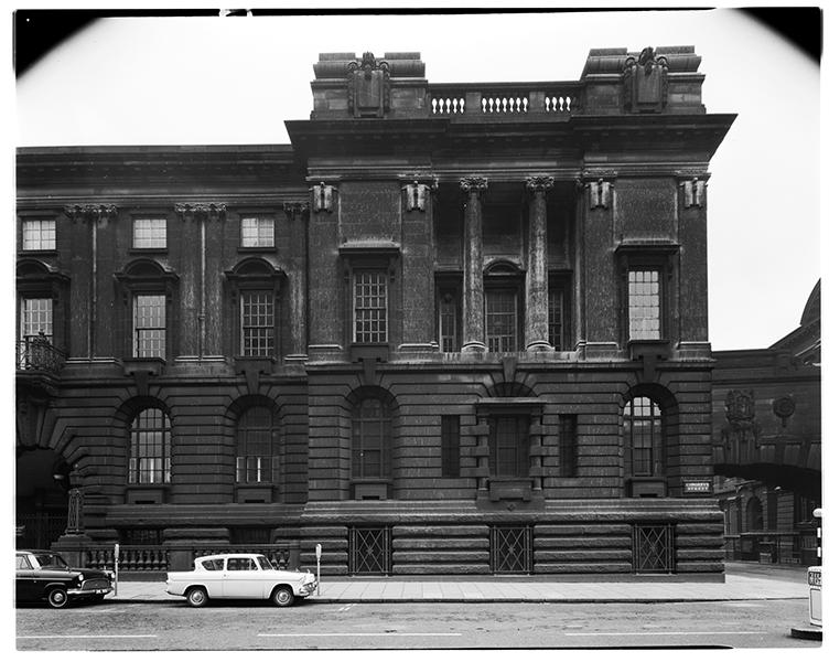 http://www.davidrowan.org/files/gimgs/21_congreve-street-12th-april-1964-.jpg