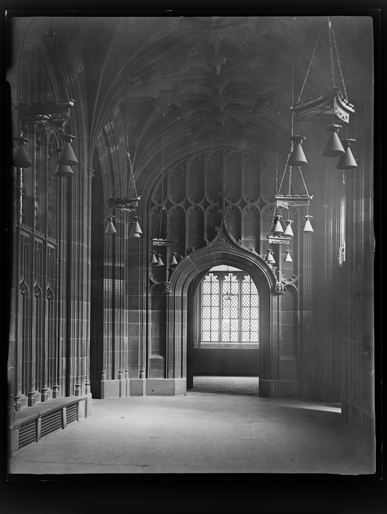 http://www.davidrowan.org/files/gimgs/54_ke-archive-extra-large-glass-plate-negatives----lower-corridor-facing-new-street.jpg