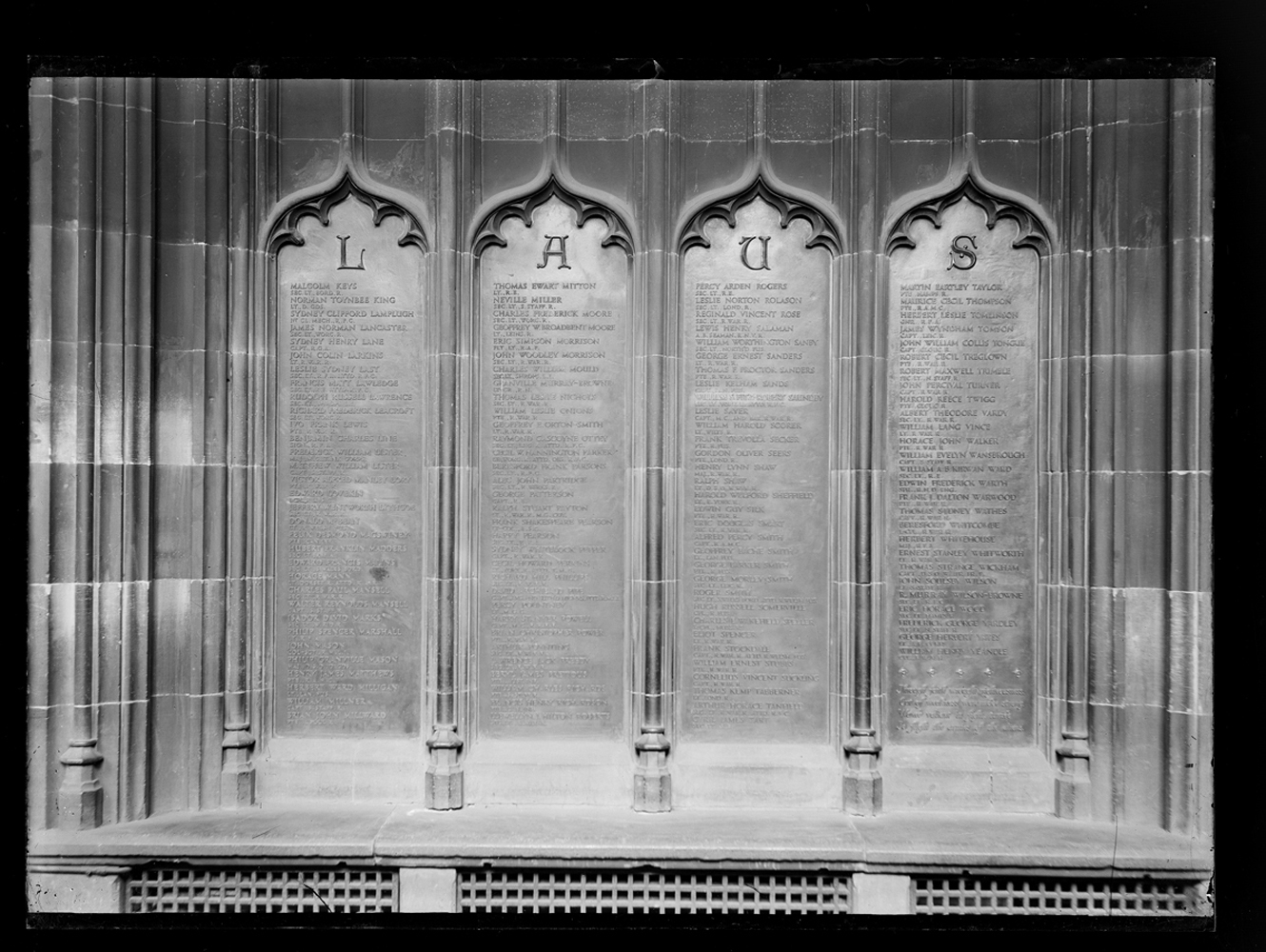 http://www.davidrowan.org/files/gimgs/54_ke-archive-large-plates---war-memorial-plaques.jpg